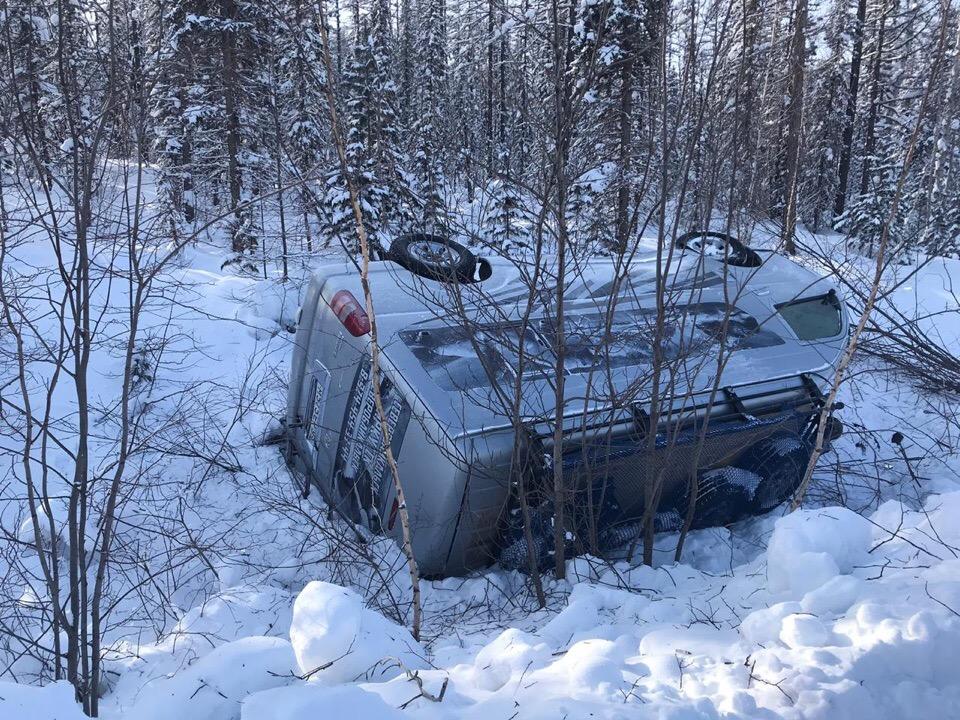 Маршрутка с пассажирами направления Иркутск - Северобайкальск перевернулась ночью с 4 по 5 февраля, не доехав несколько часов до города