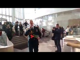 Военнослужащие Сибирского округа Росгвардии провели флеш-моб, посвящённый 8 марта