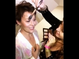 ctilburymakeupGetting the DIVINE and GLOWING #HelenMcCrory catwalk ready using my Bar of Gold Trio for @temperleylondon!!!