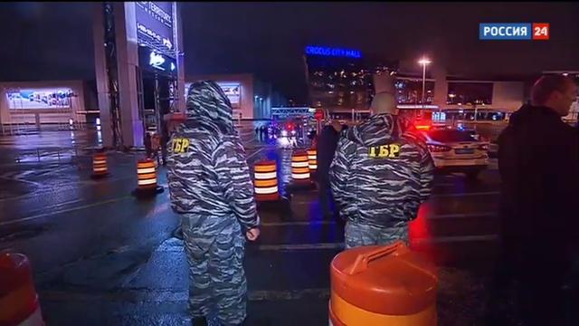 Новости на Россия 24 • Трагедия на МКАД: водитель легковушки врезался в будку охранника