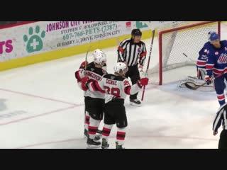 Третья шайба Егора Шаранговича в АХЛ