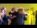 """Алла Пугачева - На премьере спектакля Людмилы Гурченко """"Бюро счастья"""" (16.10.1998)"""