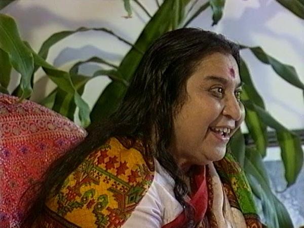 1990 0309 QTV Interview Cairns Queensland Australia DP RAW