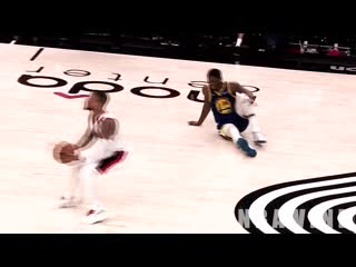 Кроссовер от лиларда!damian lillard murders alfonzo mckinnie's ankles with ankle breaker crossover