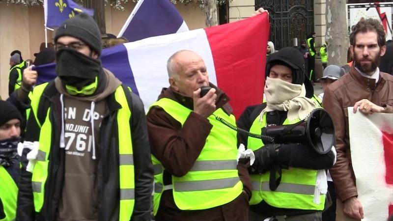 Le Général Piquemal soutient les Gilets Jaunes et propose un référendum d'initiative populaire.