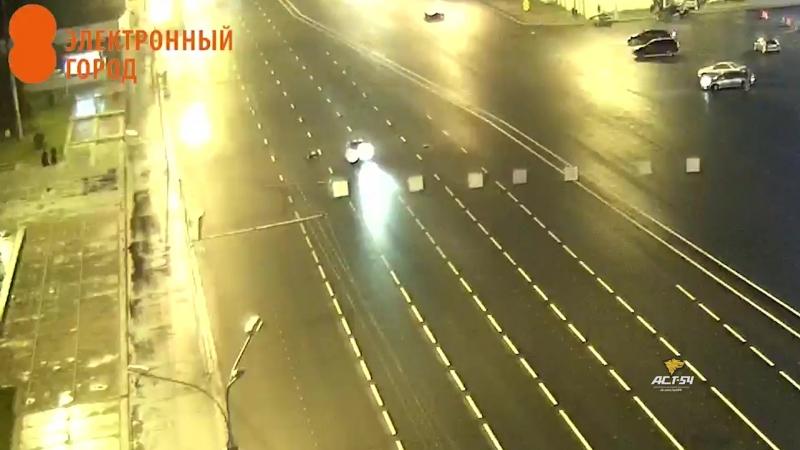 Насмерть сбит пешеход на площади Ленина в Новосибирске