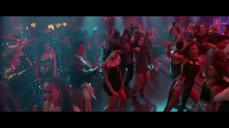 Loveyatri - Akh Lad Jaave
