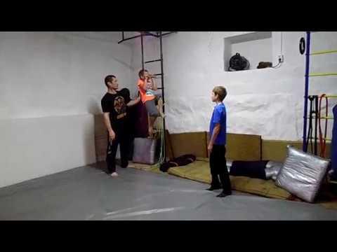Подтягивание, рекорд Костика (5,5лет) на 5раз