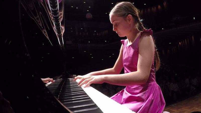 Alma Deutscher, piano concerto (world premiere, July 2017)