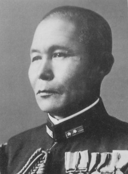 ДЗИСАБУРО ОДЗАВА ПОСЛЕДНИЙ КОМАНДУЮЩИЙ ОБЪЕДИНЕННЫМ ФЛОТОМ Если начало войны для японского Императорского флота ассоциируется с именем адмирала Ямамото, то таким же символом ее завершения стал