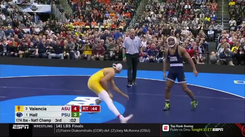 Чемпион Мира по молодёжи Марк Халл проиграл NCAA 2019