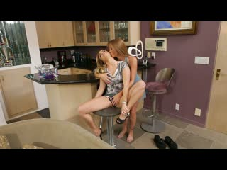 Darla crane and sienna milano grind their pussies together [teen, oral, lesbian, milf, big boobs, small tits, blonde, tattoo]