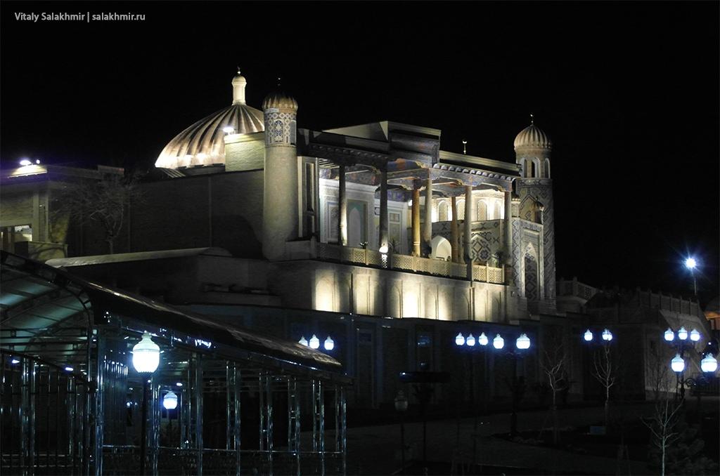 Мечеть Хазрет-Хызр вечером, Самарканд 2019