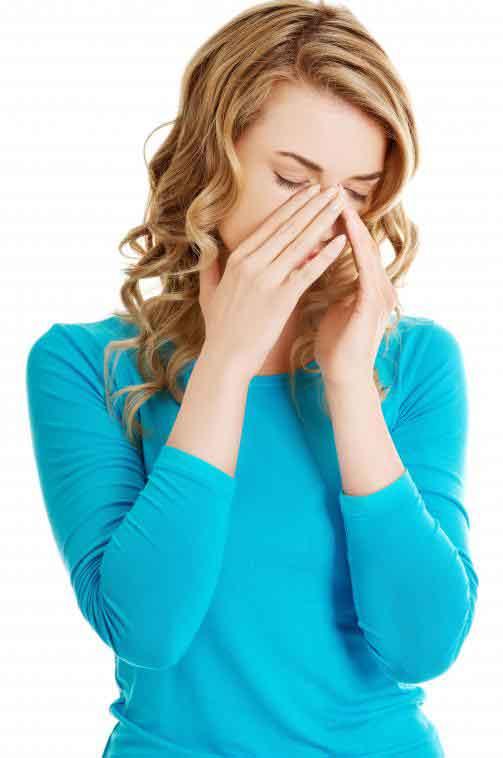 Симптомы болезни Крона могут включать усталость.