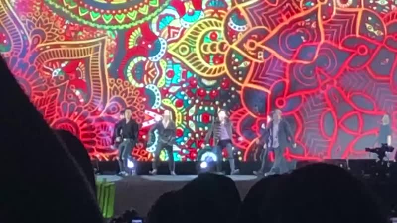 Super Junior Performance Otra Vez SM Town in Cantiago.mp4