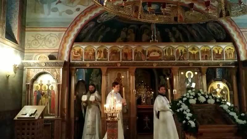 Служба в церкви Новомученников и исповедников Российских в Коммунарке (Новая Москва)
