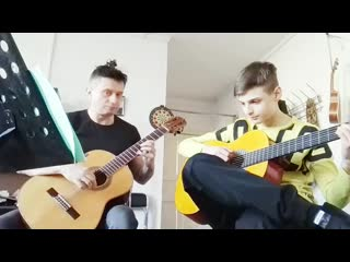 звезда по имени СОЛНЦЕ две гитары