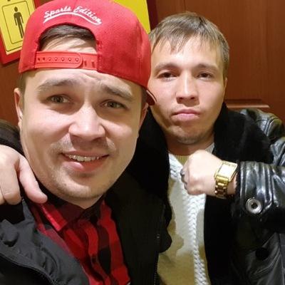 Максим Гусляров
