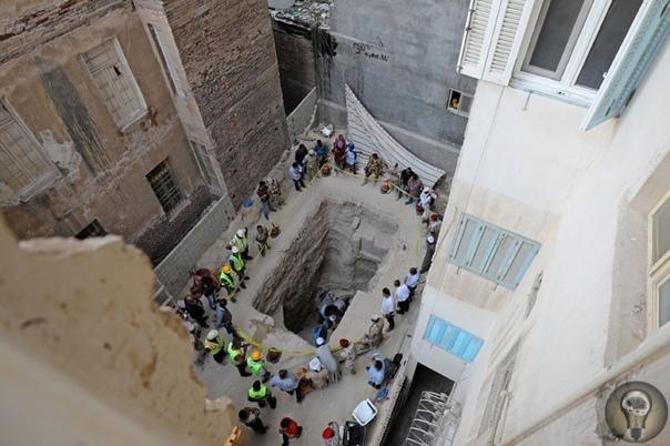 О черном саркофаге, который археологи обнаружили на территории современного Египта