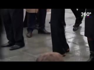 Тереза Мэй и ее танцевальная походка