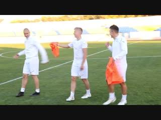 Ракицкий пробросил мяч между ног Зинченко