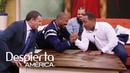 Tony Dandrades reta a Michael B. Jordan a hacer 'arm wrestling' en vivo