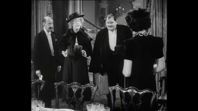 Laurel Hardy - A Chump at Oxford - 1939