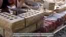 кладка колоны из облицовочного рваного кирпича