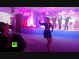VIRAL_ Hot Russian Foreign Ministry spokeswoman rocks to Kalinka