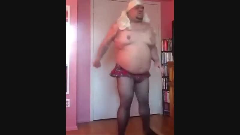 Аморальной сосед сверху танцует. ASS