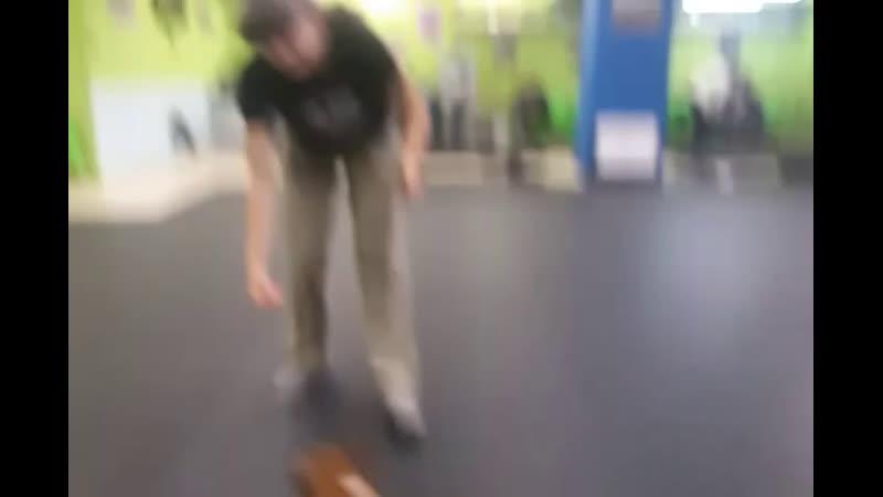 Мини бультерьер Мэдис 4 месяца первое занятие Хендлинг