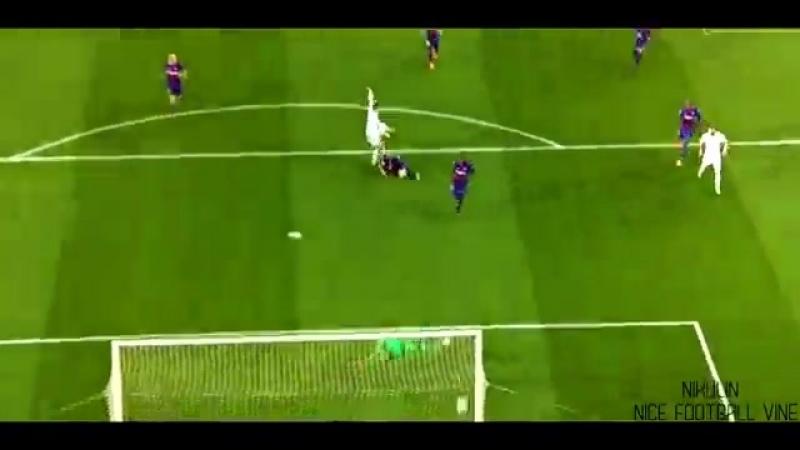 Прекрасный гол Гарета в ворота Барселоны _ NIKULIN _ vk.com_nice_football.360.mp4