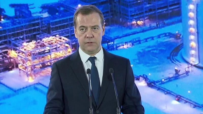 Дмитрий Медведев принял участие взапуске «Ямал СПГ» наполную проектную мощность. Новости. Первый канал