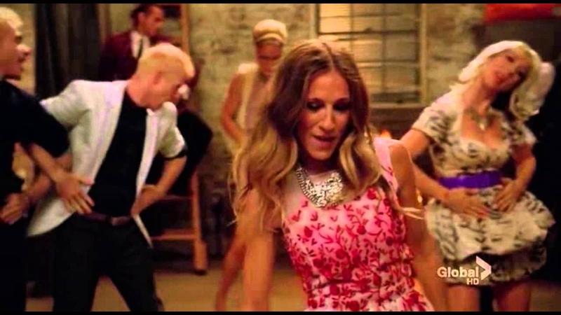 Glee - Lets Have a Kiki Turkey Lurkey Time (Shangela) (HD)