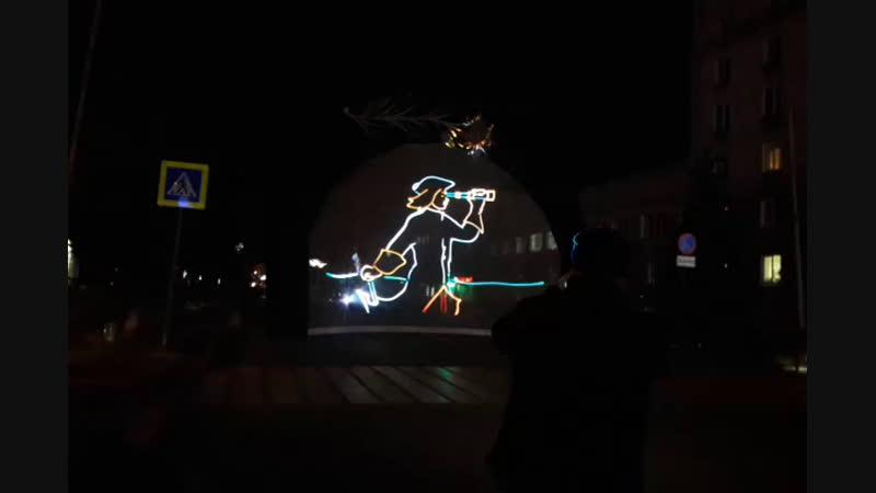 Репетиция новогоднего лазерного шоу в Тагиле