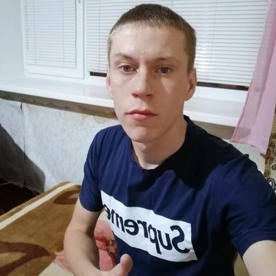 Роман Власов