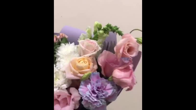 Заказать букет ⠀ ◾️ул. Мусы Джалиля 1 ( ТЮЗ ) ◾️directwhatsapp ◾️8 964 884 49 49 ⠀ лютик лютики астраханьдоставкацветов ас