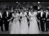 Strip Polka - The Andrews Sisters wLyrics