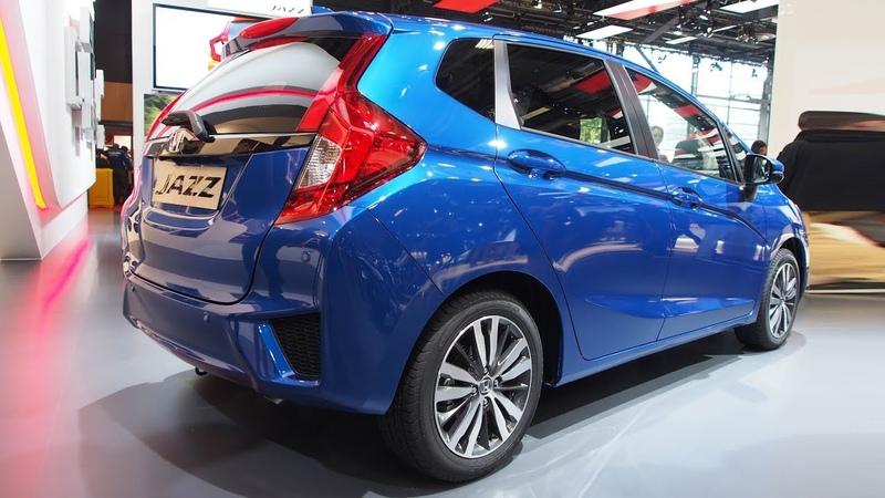 Honda Jazz 1.3 i-VTEC Exclusive Navi SC CVT - Exterior and Interior Lookaround