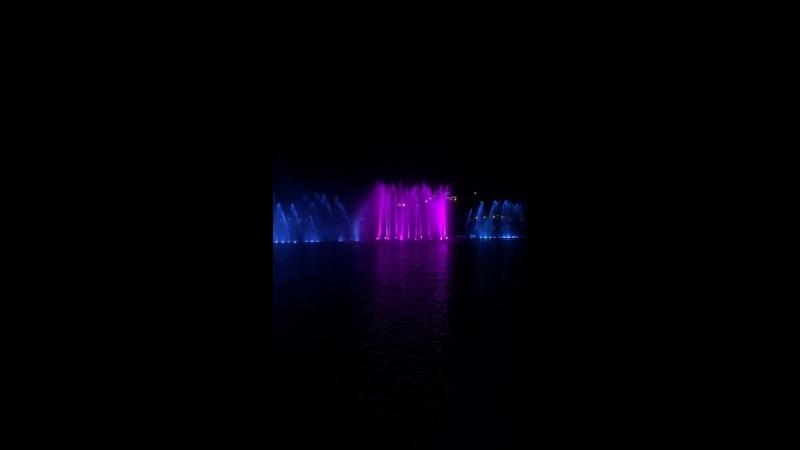 Поющий фонтан в абрау-дюрсо