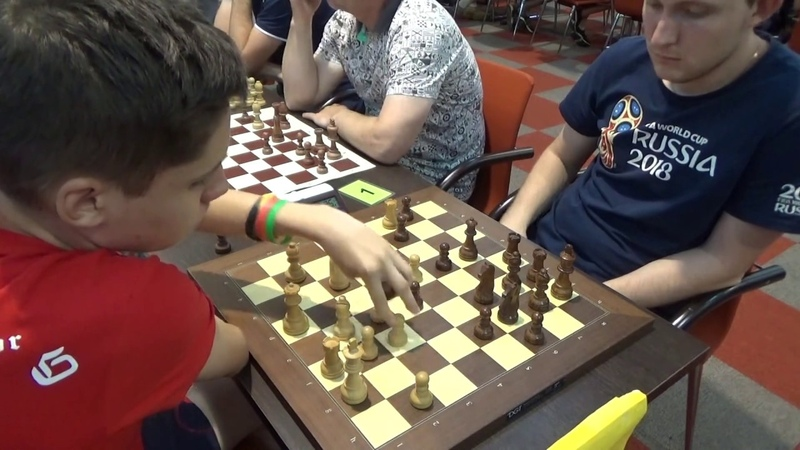Zagorskii IM Demidov Slow push on the kingside by black English opening Blitz chess