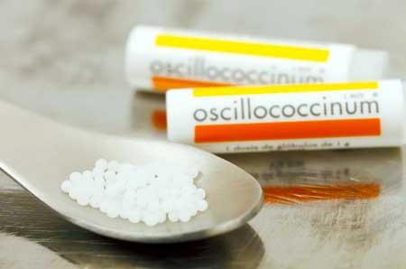 Список ингредиентов Оциллококцинума показывает только сахар.