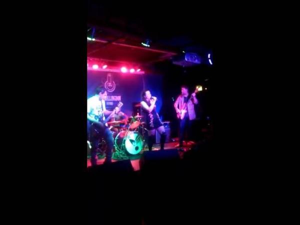 One Wing Left - Midazolam Daze (Live) Bullingdon Arms, Oxford (2014)
