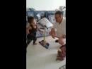 дядька с внучатыми племянницами