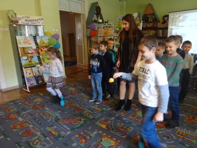 Донецкая республиканская библиотека для детей, отдел обслуживания дошкольников и учащихся 1-4 классов, Бенефис читающей семьи «Волшебные приключения на Острове Чтения»