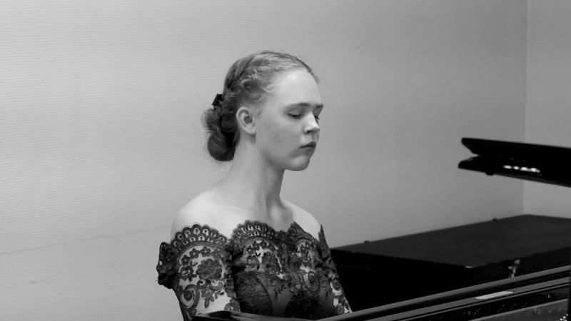 С.В.Рахманинов Музыкальный момент e-moll, op. 16 №4. Исполняет Ульянкина Дарья.