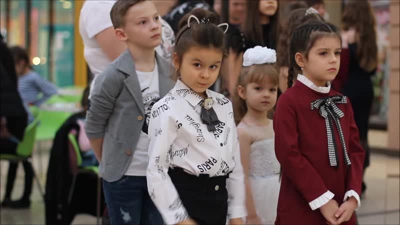 Модый показ от магазина HAPPY KIDS и журнала ДЕТKIDS