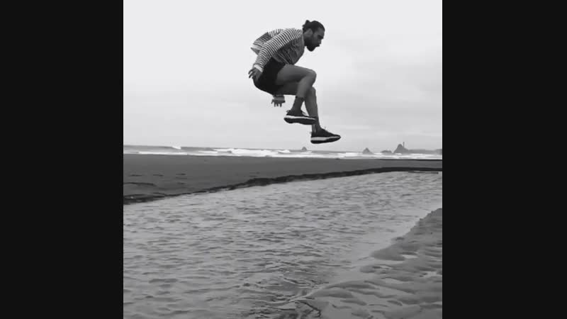 Ain't no river wide enough here in New Zealand Dear @nike let's talk new ad campaigns with ya boy jumping over bodies of wate
