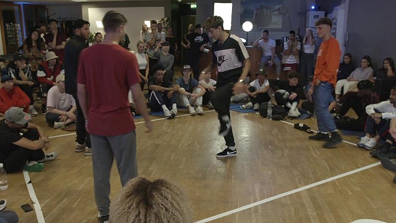DANGENERO CRAZY CHRIS VS BREEZE B-SMART - BATTLEVISION 2018 - HIP HOP SEMI-FINAL | Danceproject.info