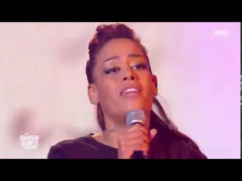 Amel Bent - Dis-moi qui tu es live at La chanson secrète